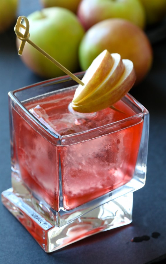 Crown Apple and Cranberry