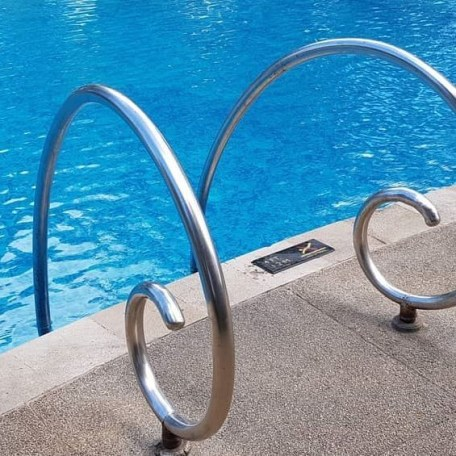 Above Ground Pool Ladder 52 inches