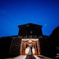 wedding venues in florida -The Enchanting Barn 6