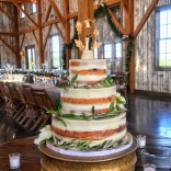 wedding venues in missouri - westonredbarnfarm 2