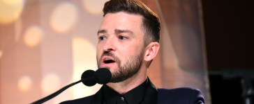 Justin Timberlake makes Donald Trump joke