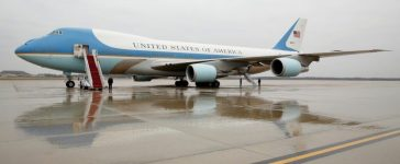 "Air Force One sits on the tarmac at Joint Base Andrews in Washington U.S. December 6, 2016, the same morning that U.S. President-elect Donald Trump urged the government to cancel purchase of Boeing's new Air Force One plane saying it was ""ridiculous"" and too expensive. REUTERS/Kevin Lamarque"