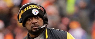 Head Coach Mike Tomlin of the Pittsburgh Steelers watches as his team takes on the Pittsburgh Steelers during the fourth quarter at Paul Brown Stadium on December 18, 2016 in Cincinnati, Ohio. Pittsburgh defeated Cincinnati 24-20. (Photo by Andy Lyons/Getty Images)