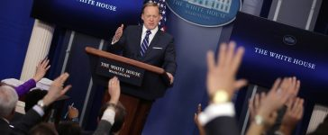 White House press secretary Sean Spicer holds the daily press briefing at the White House in Washington, March 7, 2017. REUTERS/Carlos Barria