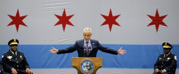 Chicago Mayor Rahm Emanuel delivers a speech on the city's surge in violence in Chicago, Illinois, U.S., September 22, 2016. REUTERS/Jim Young