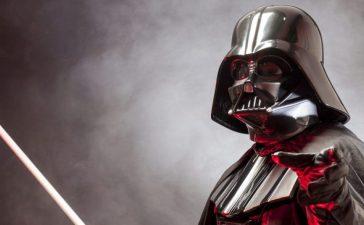 Darth Vader (Shutterstock/Stefano Buttafoco)