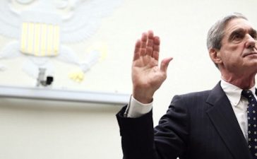 WASHINGTON, DC - JUNE 13: Federal Bureau of Investigation Director Robert Mueller is sworn in during a hearing before the House Judiciary Committee June 13, 2013 on Capitol Hill in Washington, DC. Mueller testified on the oversight of the FBI. (Photo by Alex Wong/Getty Images)