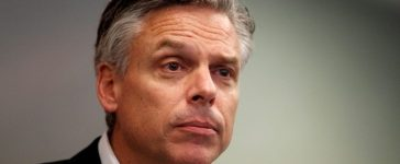 FILE PHOTO - U.S. Republican presidential candidate and former Utah Governor Jon Huntsman addresses a business lunch campaign event in Portsmouth, New Hampshire January 5, 2012. REUTERS/Jessica Rinaldi/File Photo