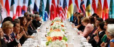 Leaders attend the G20 summit dinner in Hamburg, Germany July 7, 2017. REUTERS/Axel Schmidt
