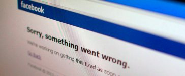 "A Facebook error message is seen in this illustration photo of a computer screen in Singapore June 19, 2014. Facebook Inc's website appeared to be back up on Thursday a few minutes after it displayed a message saying ""Sorry, something went wrong"". The outage was reported in several countries, including China, Singapore and India. REUTERS/Thomas White"