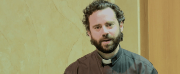 Father David Bergeron giving a homily in May 2015. (YouTube screenshot/ShalomWorldTV)