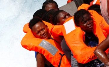 Migrants are rescued by SOS Mediterranee organisation during a search and rescue (SAR) operation with the MV Aquarius rescue ship (not pictured) in the Mediterranean Sea, off the Libyan Coast, September 14, 2017. Picture taken September 14, 2017. REUTERS/Tony Gentile