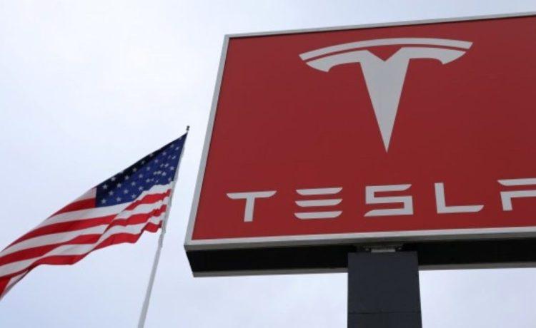 A Tesla charging station is seen in Salt Lake City, Utah, U.S. September 28, 2017. (Photo: REUTERS/Lucy Nicholson)