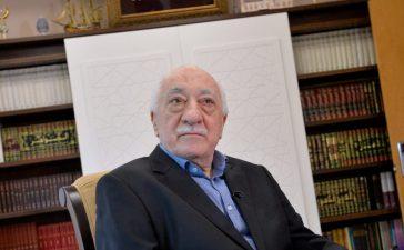 U.S.-based Turkish cleric Fethullah Gulen at his home in Saylorsburg, Pennsylvania, U.S. July 10, 2017. REUTERS/Charles Mostoller
