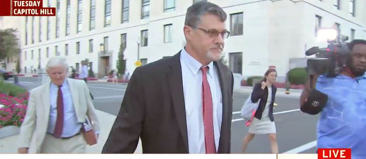 Fusion GPS co-founder Glenn Simpson after Aug. 22, 2017 interview with Senate Judiciary Committee. (Photo: Screenshot/MSNBC)