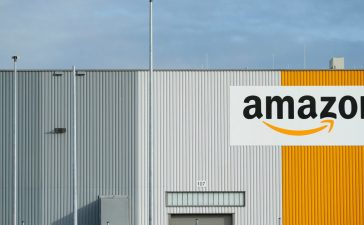 A view of the new Amazon logistic center with the company's logo in Dortmund, Germany November 14, 2017. (Photo: REUTERS/Thilo Schmuelgen)