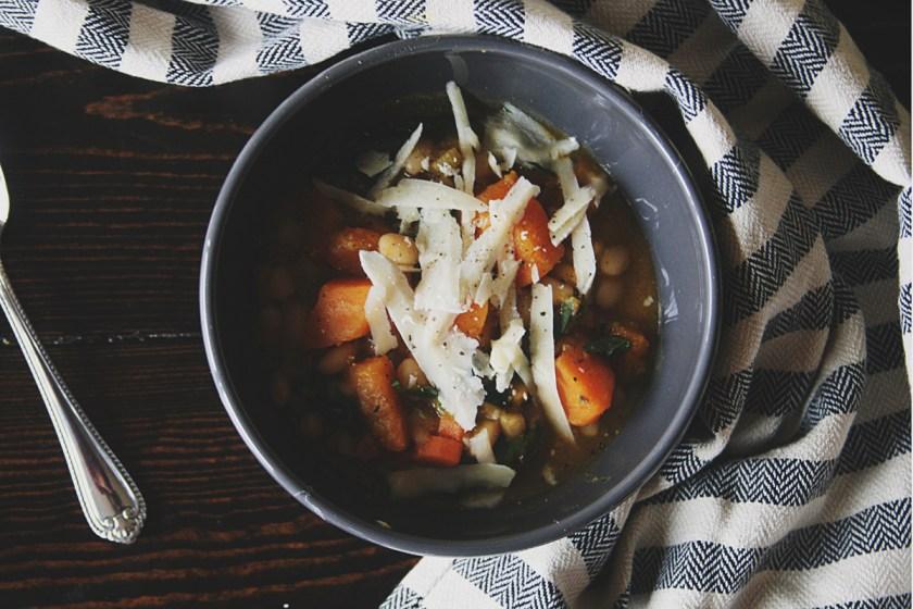 butternut-squash-white-bean-soup-4
