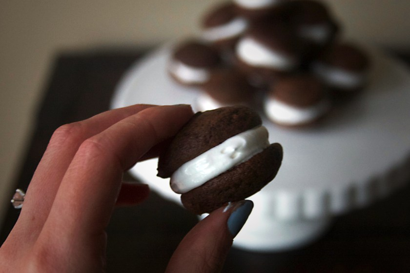 chocolate-whoopie-pies-marshmallow-frosting-10