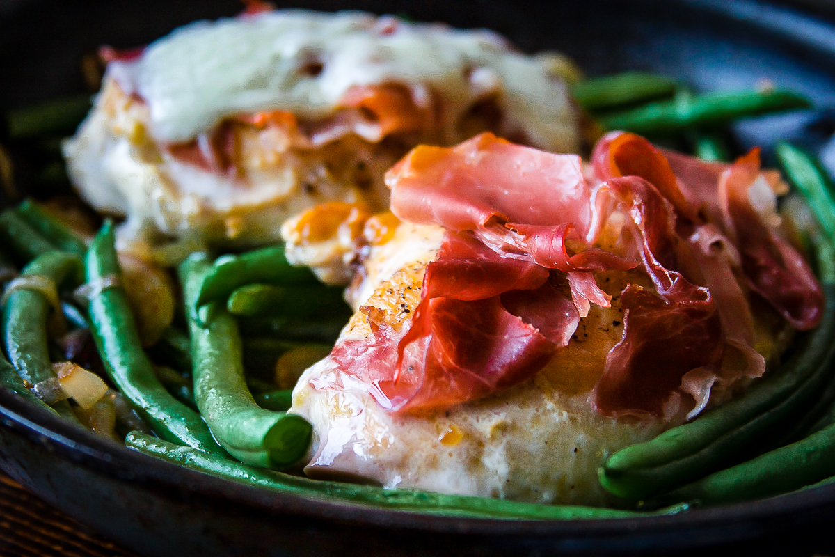 1 Pan Chicken Saltimbocca with Shallots and Green Beans
