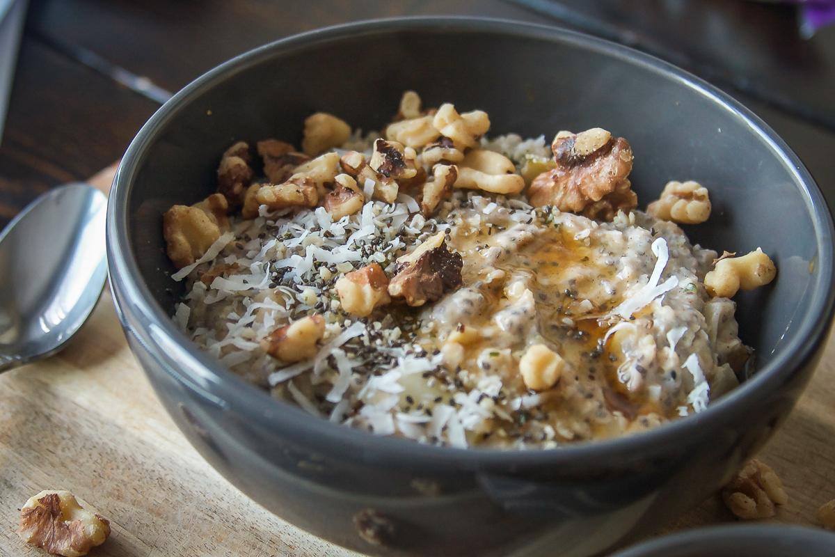 Creamy Vegan Apple Coconut Oatmeal