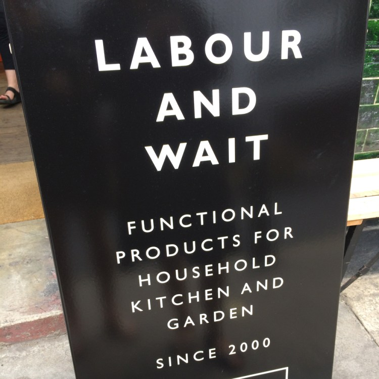 Labour_Wait_Sign_London
