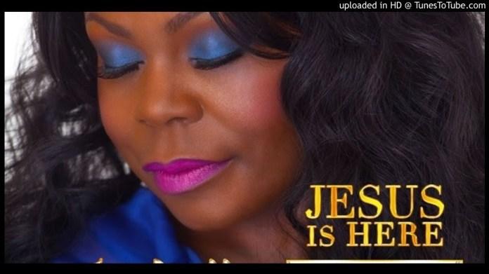 Gospel Music Video: Jesus is here – Isabella