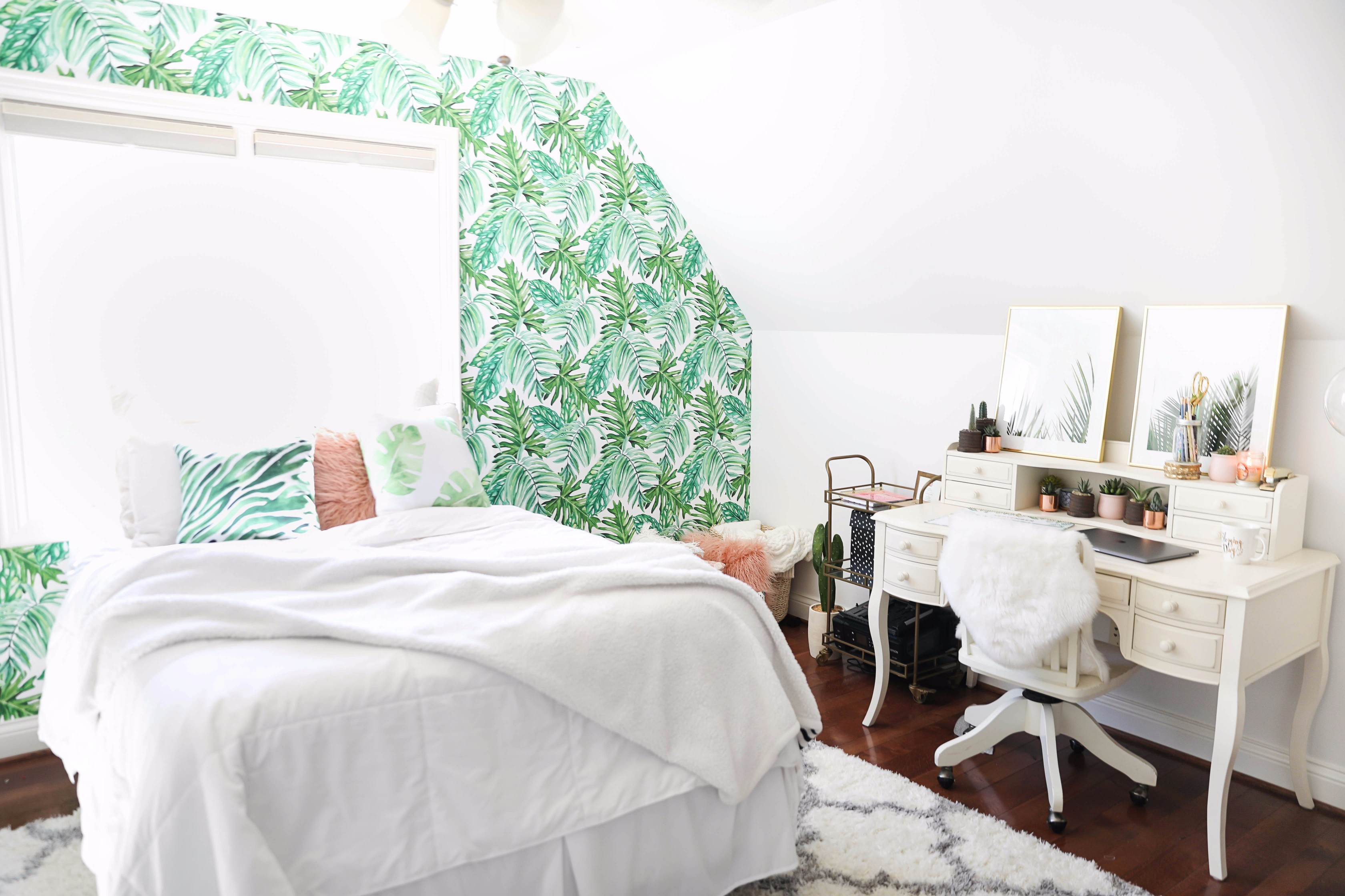 """Summer Room Tour 