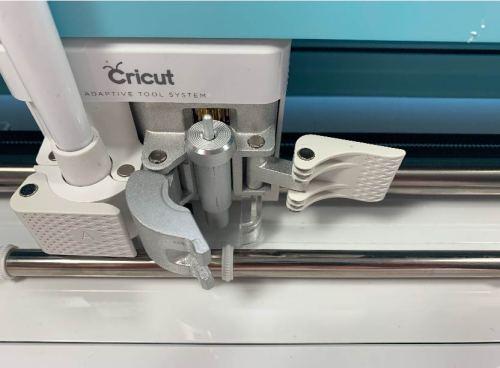 Cricut housing open to remove cricut blade