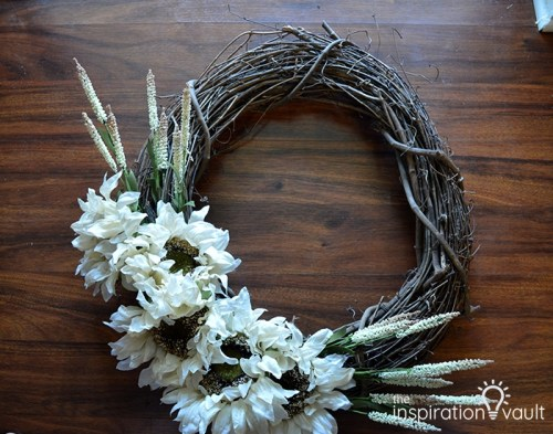 fall farmhouse wreath