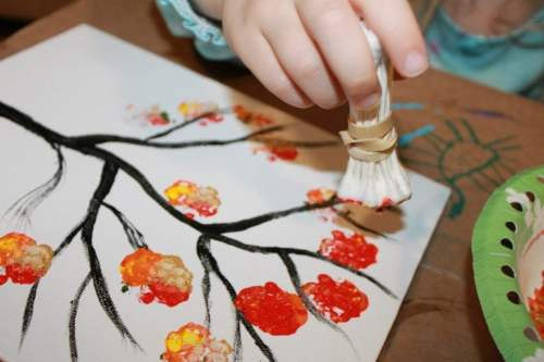 q-tip painted tree fall craft ideas for kids