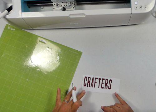 how to use a cricut to cut vinyl
