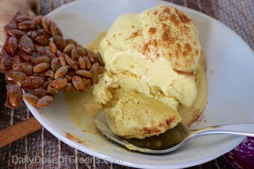 Golden Spice Cream with pumpkin seed brittle
