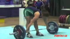 Pretty Gym Fitness Fail Compilation
