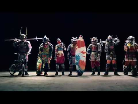Japan TV CM – 7 Nissin Samurai Crazy Stunt Extreme Sports Kung Fu!