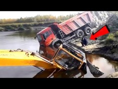 Truck Fails Compilation ! Most idiots & Dangerous 2020 ! Crazy Truck Accident
