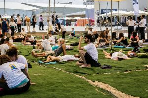 800px-PikiWiki_Israel_43727_International_day_of_Yoga_2015