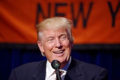 800px-donald_j-_trump_at_marriott_marquis_nyc_september_7th_2016_16