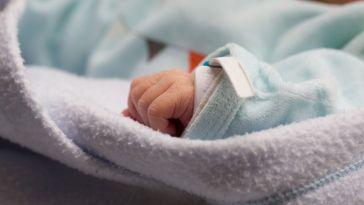 Une étude surprenante suggère que les garçons nés prématurés vieillissent plus vite