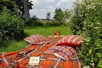 vakantie in eigen tuin