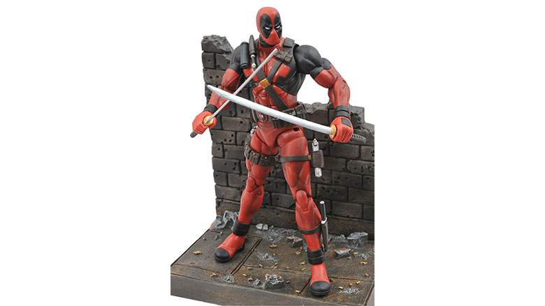 diamond-select-toys-deadpool-action-figure