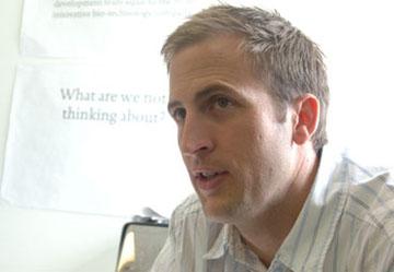 Dr. David Puerta