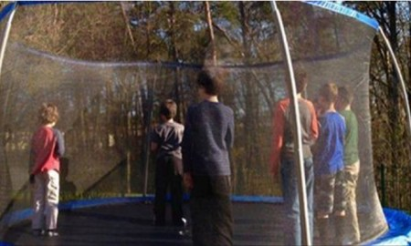 boys-trampoline