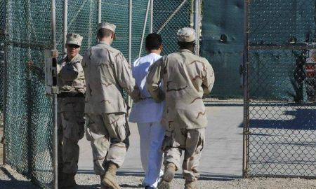 guards-move-detainee-guantanamo-bay-file-reuters-640x480