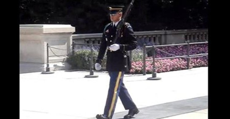 They Disrespected Soldier's Memorial, Now Watch How Uniformed Soldier Sets Them Straight