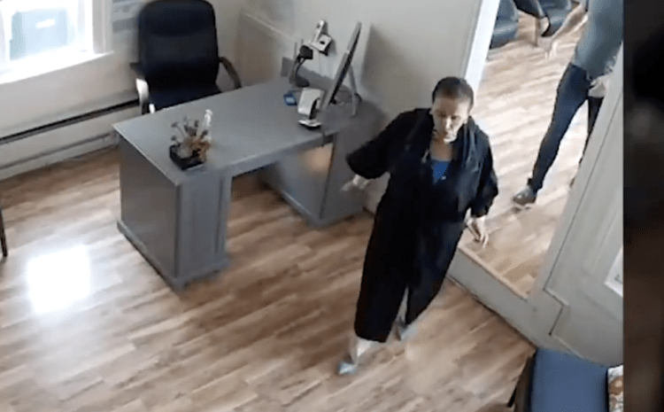 Hypocrite Pelosi Caught Red-Handed on VIDEO, Using Locked Down Salon And Wearing No Mask