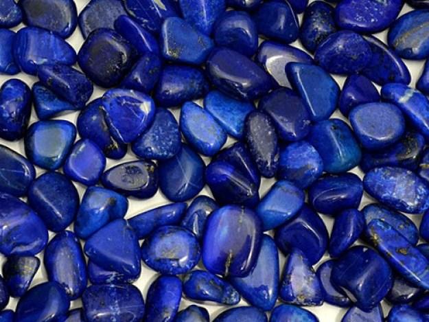 Лазурит: свойства камня икому онподходит поЗнаку Зодиака