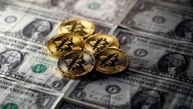 Bitcoin = dollar