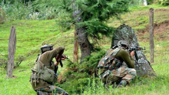 وبزن اننت ناگ میں فوج اور جنگجوئوں کے درمیان مختصر جھڑپ