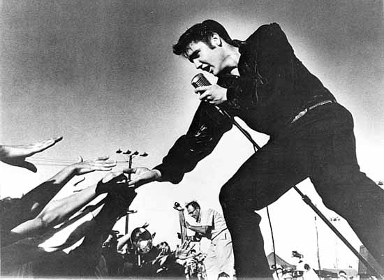 Elvis Presley : The greatest band of all time