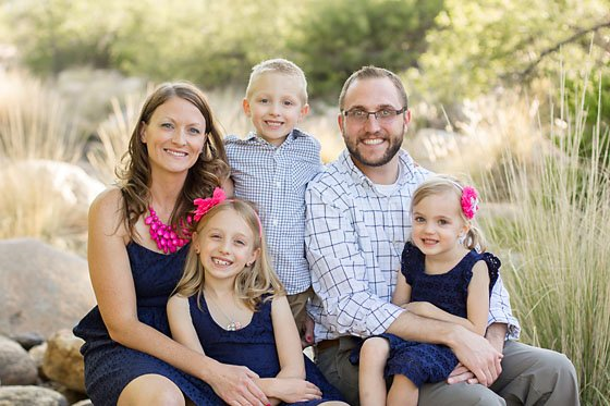 Fun Poses for Family Portraits 7 Daily Mom Parents Portal